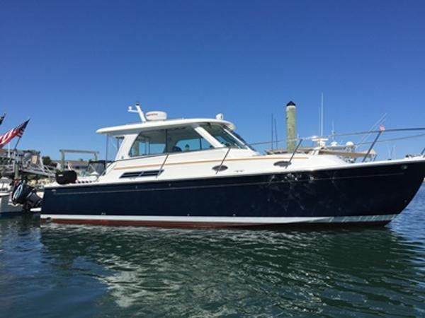 Back Cove Hardtop Express Profile