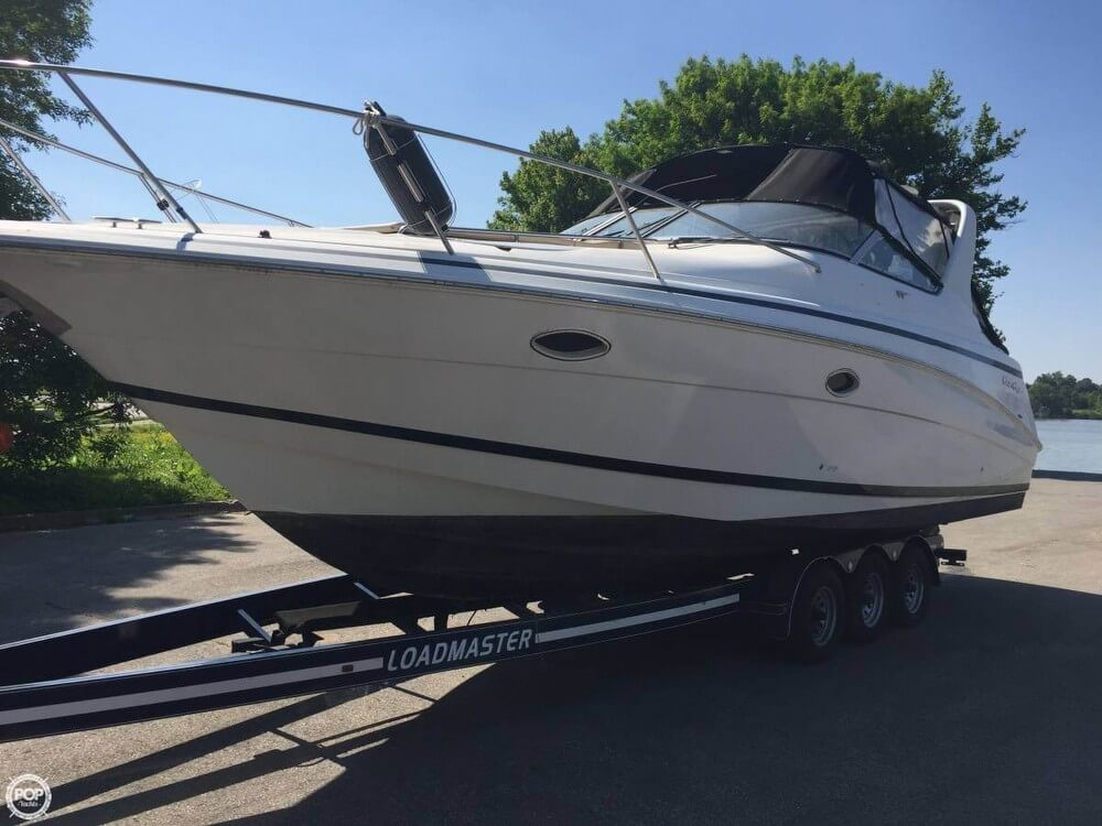 Chris-Craft Express Cruiser 320 1999 Chris-Craft 320 Express for sale in Prospect, KY
