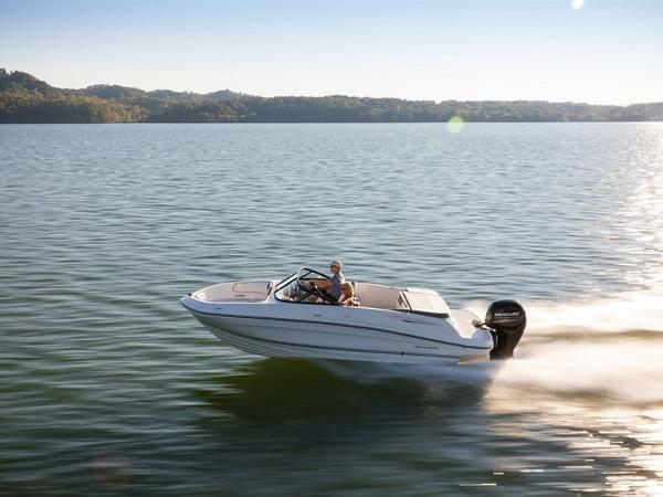 Bayliner VR5 4.5L Tower