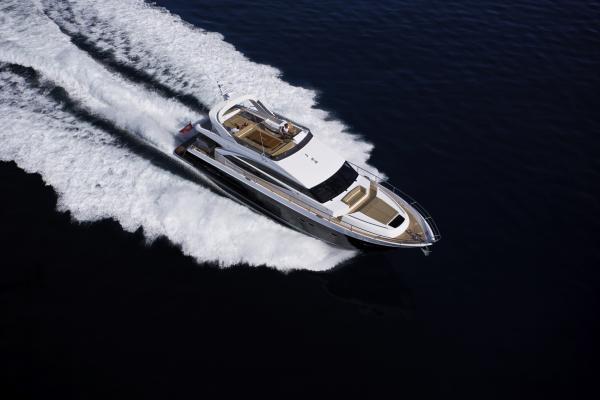Princess Flybridge 72 Motor Yacht Running Shot