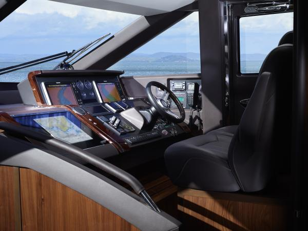 Princess Flybridge 72 Motor Yacht Helm