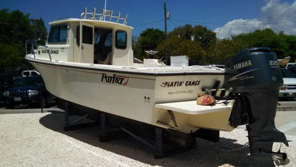 Parker 2320 SL Excellent condition & well maintained, inside stored
