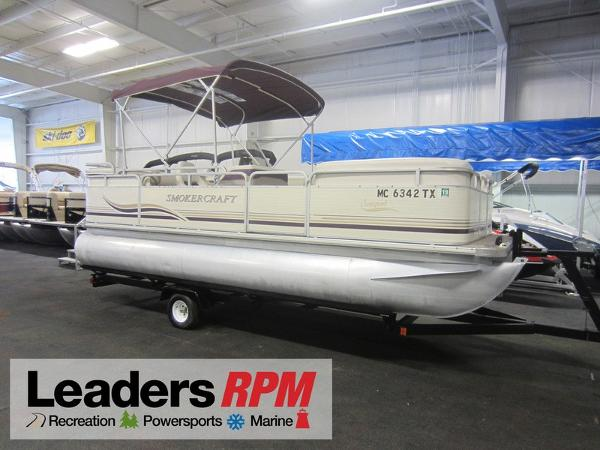 Smoker Craft 820 Sunsport