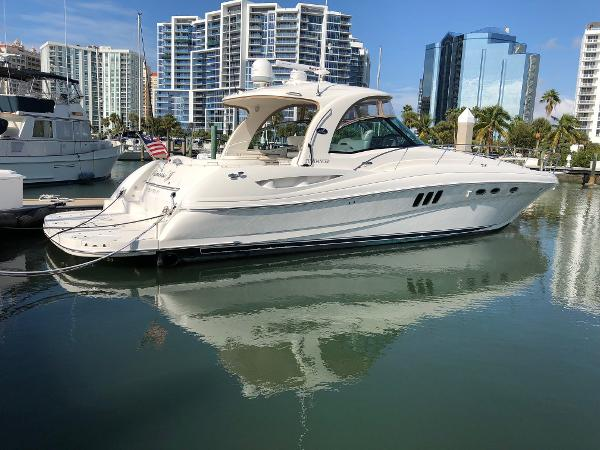 Sea Ray 520 Dancer Profile