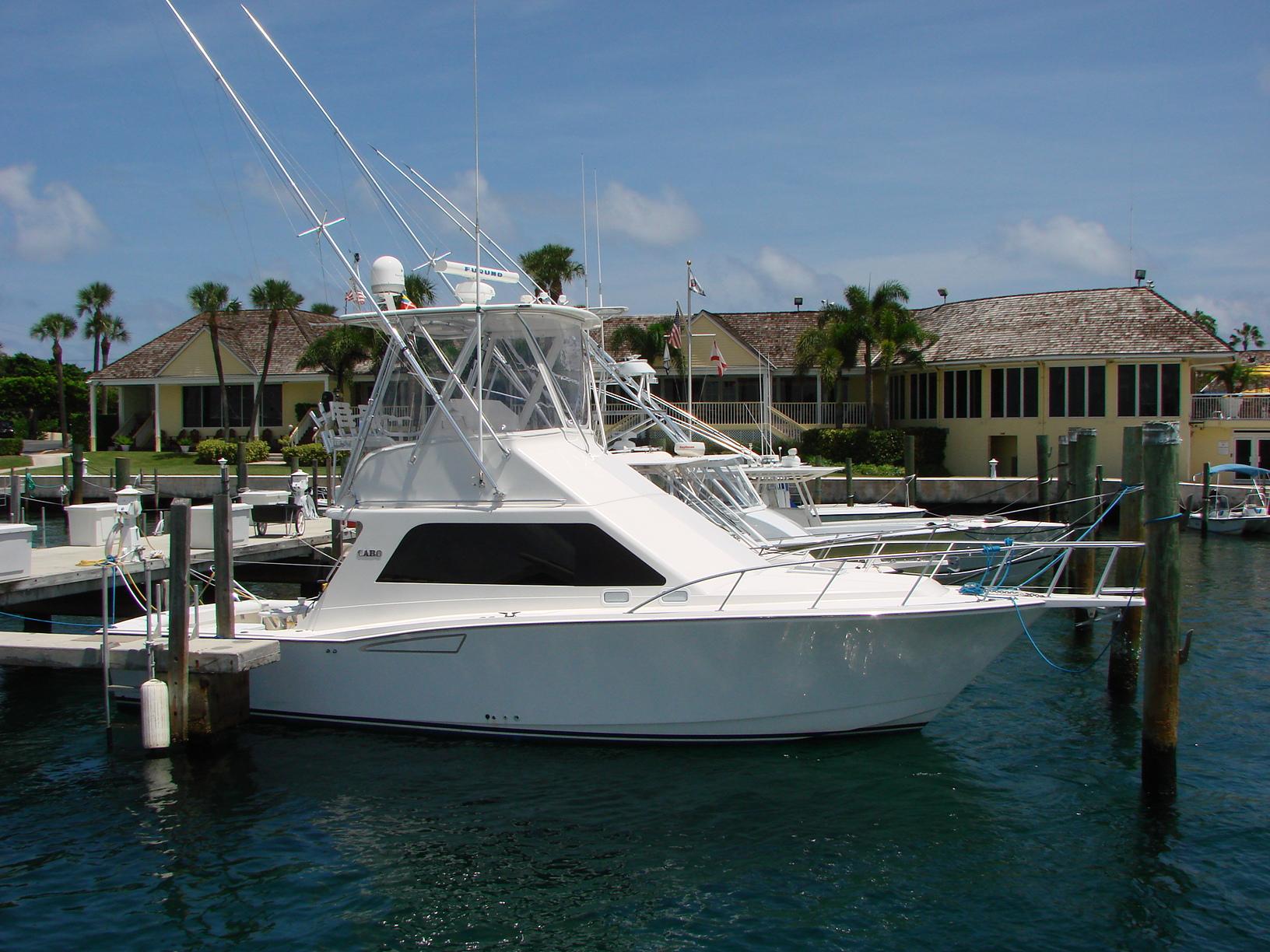 Cabo yachts 35 Flybridge
