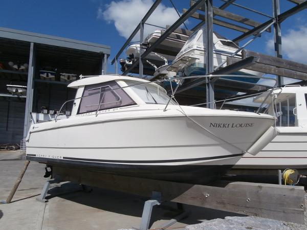 Jeanneau Merry Fisher 645