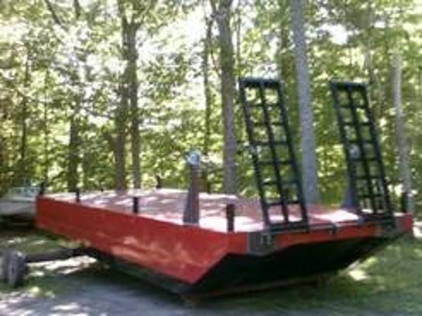 CUSTOM BUILT  2014 25' x 10' x 3' Steel Displacement Barge with ramps