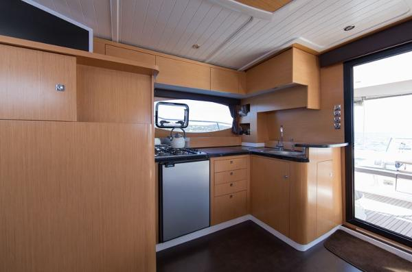 Fountaine Pajot Summerland 40 Grand Large Galley