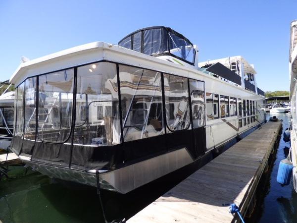 Fantasy Houseboat 18x85