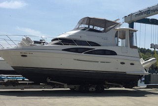 Carver 39 Motor Yacht Port Side Exterior