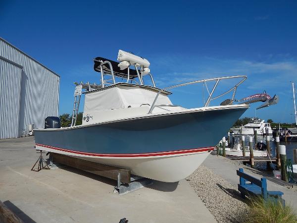C-hawk Boats 245 Pilot House