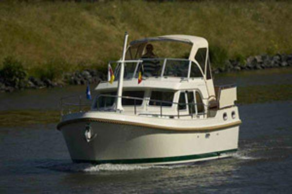 Linssen 29.9 AC Manufacturer Provided Image
