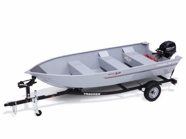 Tracker Guide V-14 Deep V With Trailer