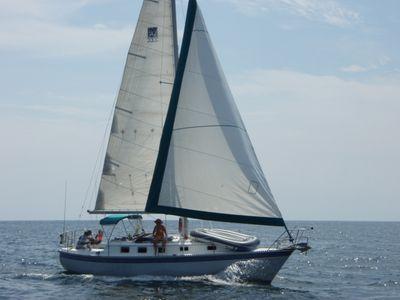 Watkins 33 Starboard Sailing.jpg