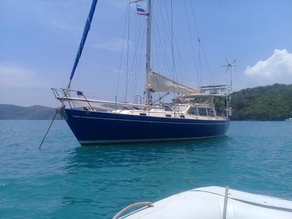 Ted Brewer Three Seas 40