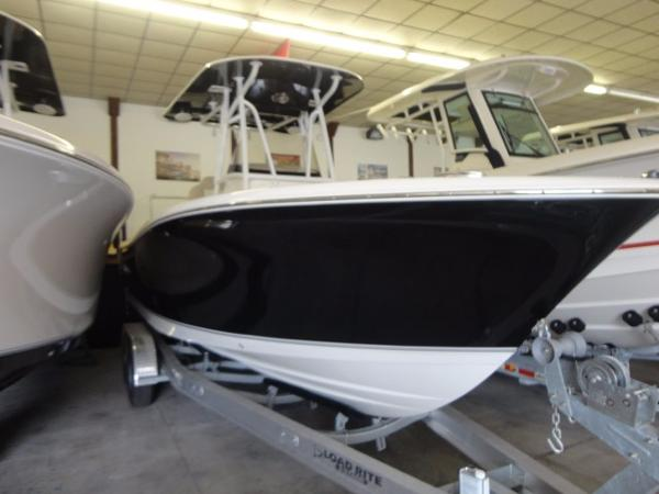 Nautic Star 2500XS