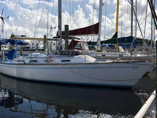 Wauquiez Chance-37 Starboard View