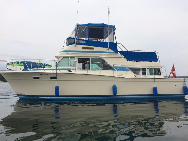 Chris-Craft 380 Corinthian