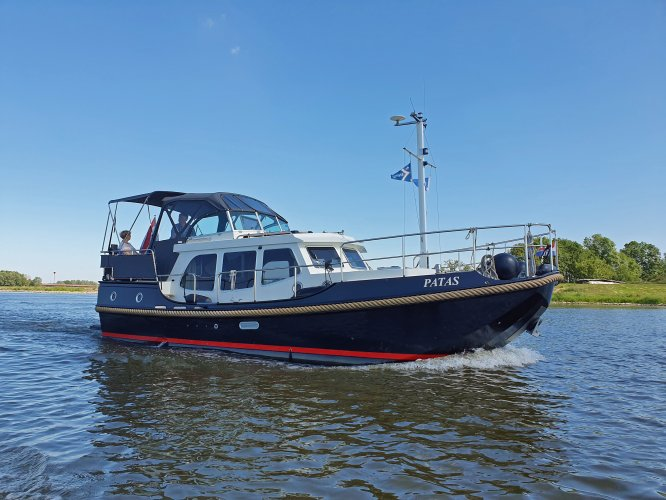 Linssen Dutch Sturdy 320 AC