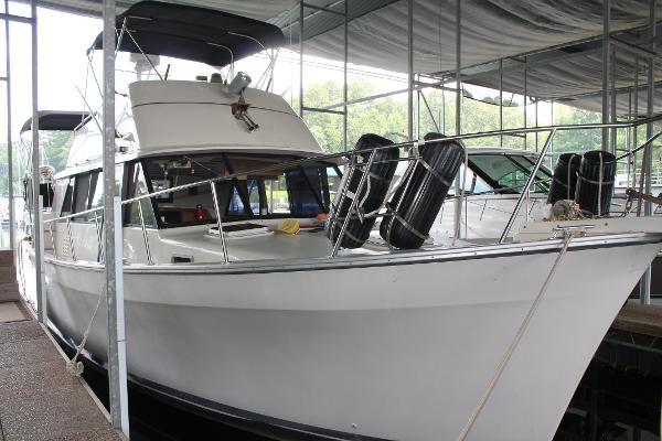 Mainship 40 Double Cabin