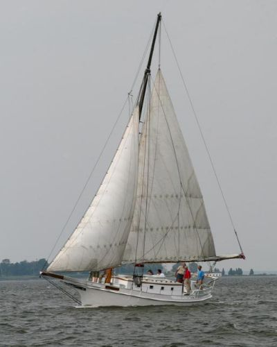 Skipjack Chesapeake Bay Classic Skipjack  Lady Helen Photo by Jim Kidd