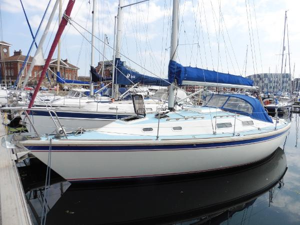 Westerly Fulmar 32 Home berth