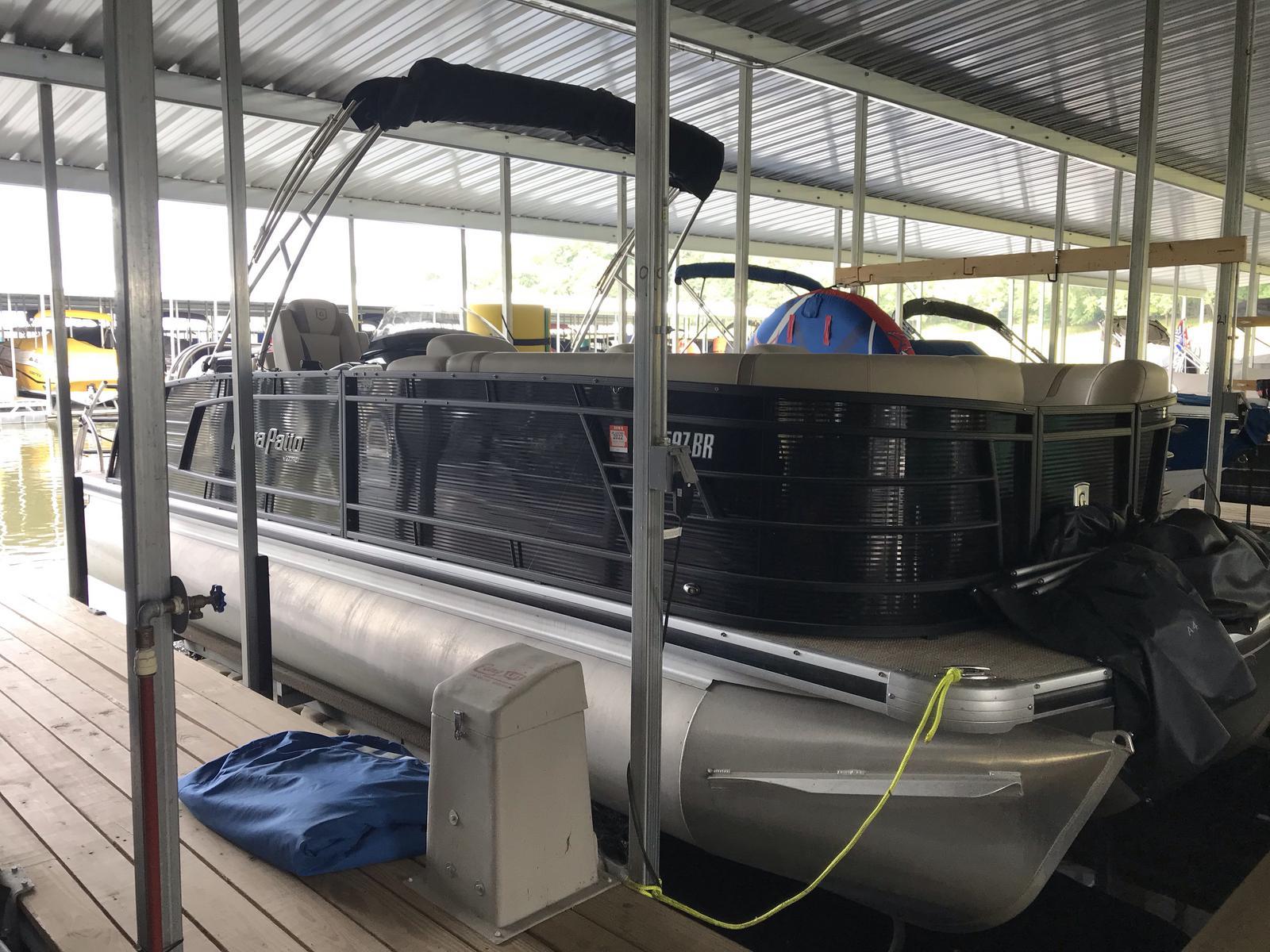 Aqua Patio AP 255 Elite - Mercury 250 Verado