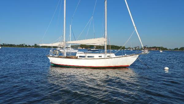 Allied Seawind Ketch