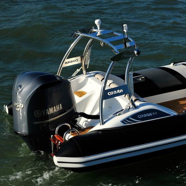 Cobra Ribs Nautique 8.0m Engine