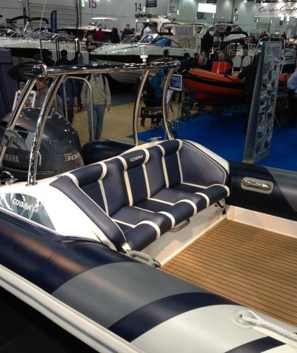 Cobra Ribs Nautique 8.0m Seating