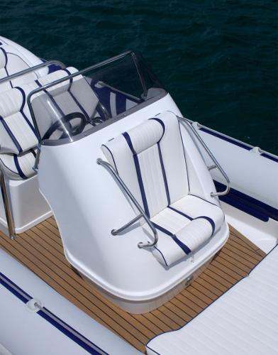 Cobra Ribs Nautique 8.6m Front Seat