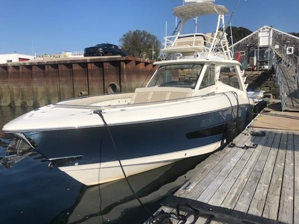 Boston Whaler 420 OR