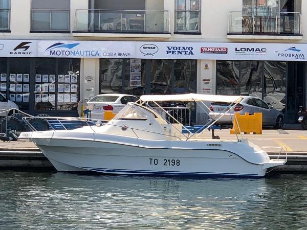 Quicksilver Offshore 750