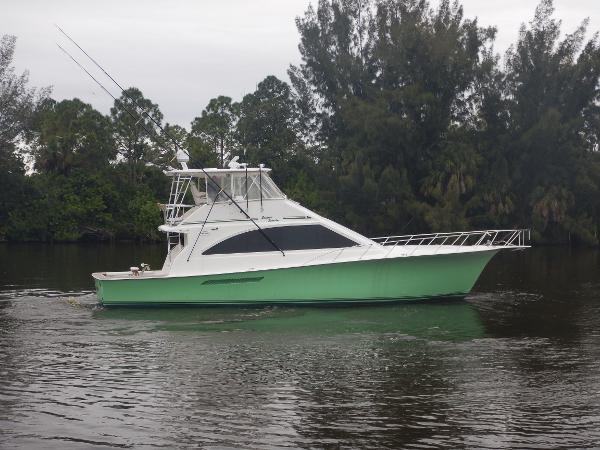 Ocean Yachts Super Sport Seafood Searcher