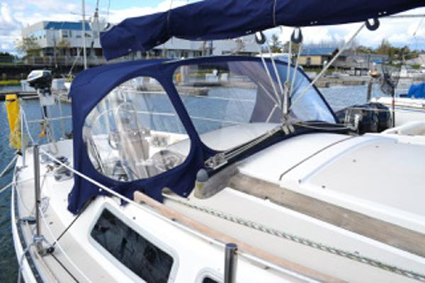Catalina sloop 30