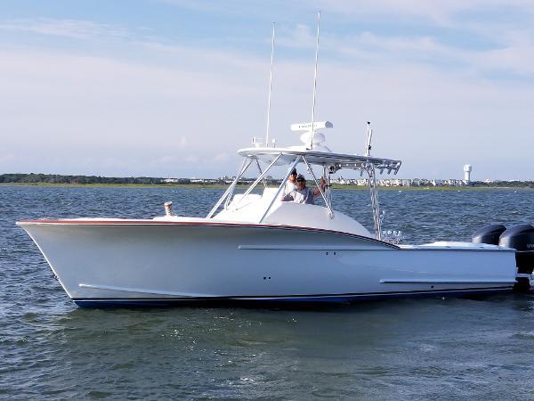 Jarrett Bay 32 Semi-Custom