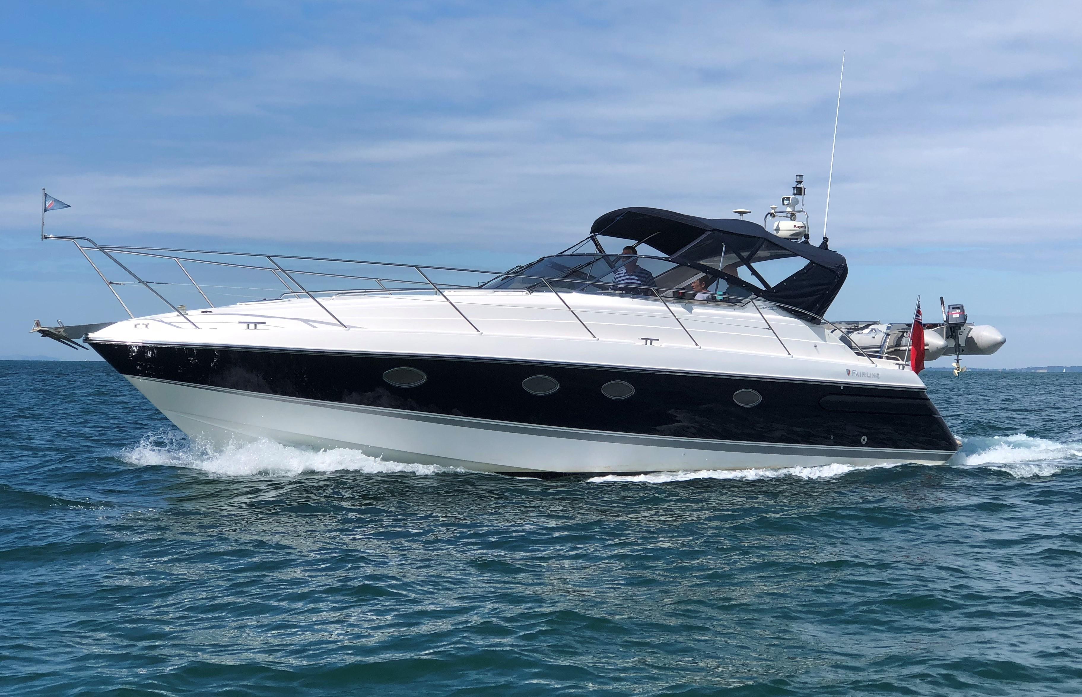 Fairline Targa 39 At Sea