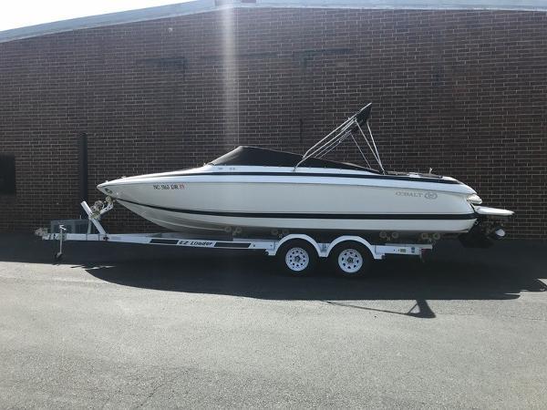 Cobalt Boats 246