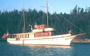 Union Iron Works Classic Fantail Pilothouse