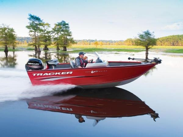 Tracker Pro Guide™ V-175 SC With Trailer