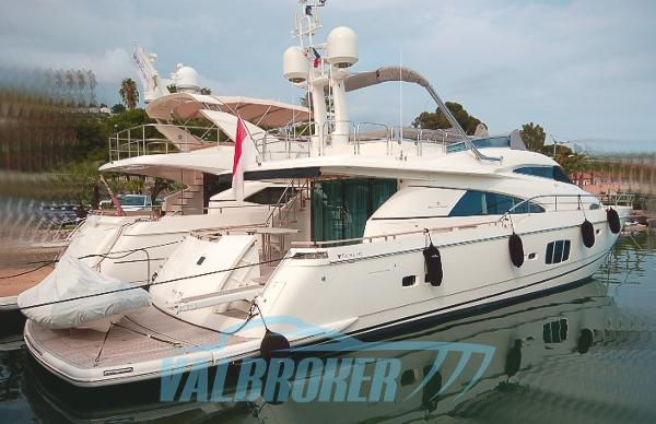 Fairline Squadron 78 Custom Fairline Squadron 78 2011 Valbroker (1)