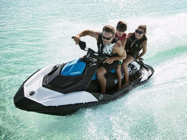 Sea-Doo SPARK® 2-up Rotax 900 HO ACE (iBR & Convenience Package Plus)