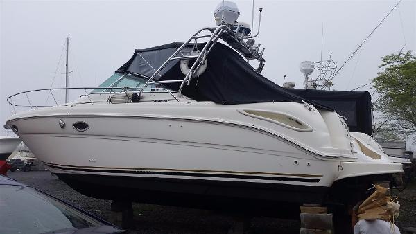 Sea Ray 290 Amberjack 2011 ENGINES
