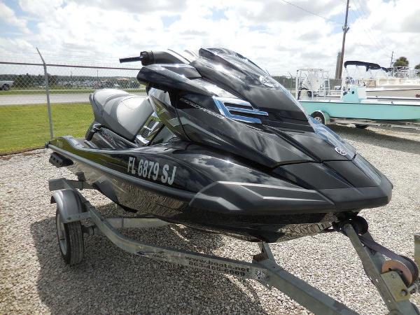 Yamaha Boats FX SHO®