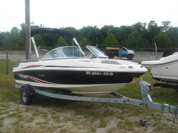 Sea Ray 175 SPT