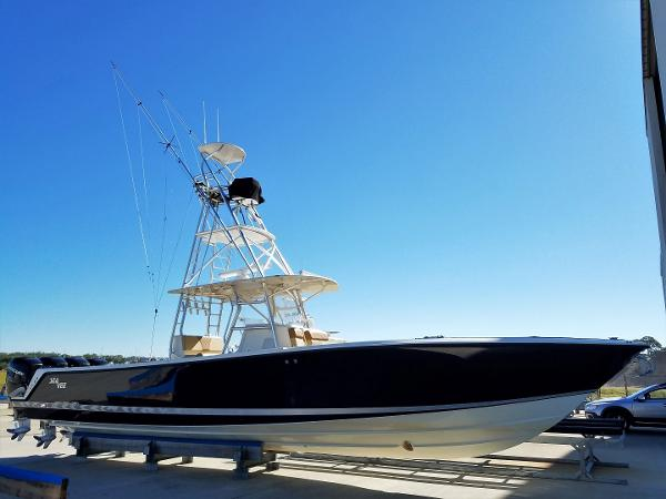 Sea Vee 390 Center Console Luxury Edition