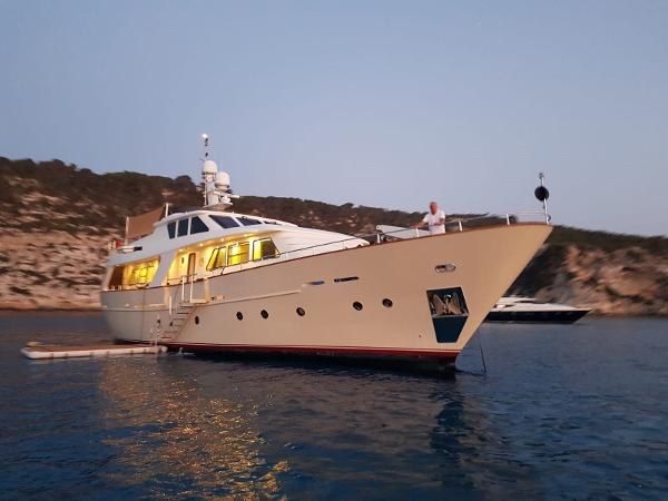 Benetti Sail Division 82 Anchored up