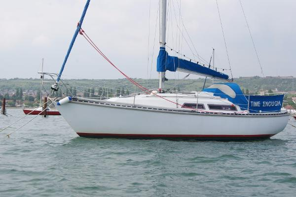 Trapper 501 portside view including rigging