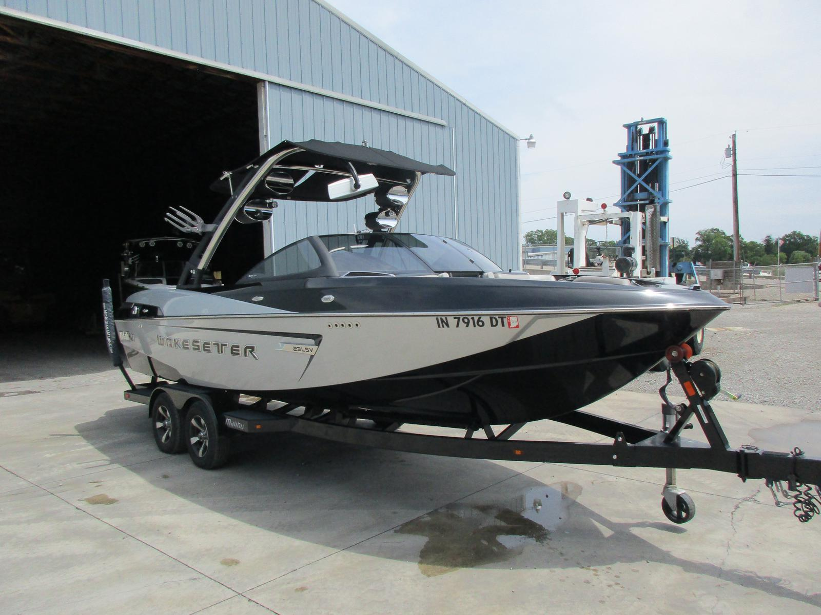 Malibu Boats LLC Wakesetter 23LSV