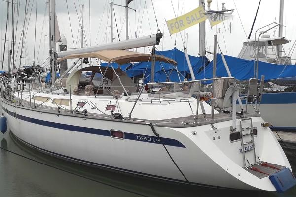 Taswell Ta Shing Sloop Cutter Rig 49
